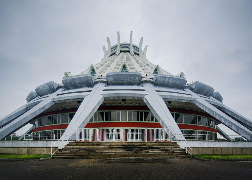 Pyongyang vintage architecture photographed by Raphael Olivier