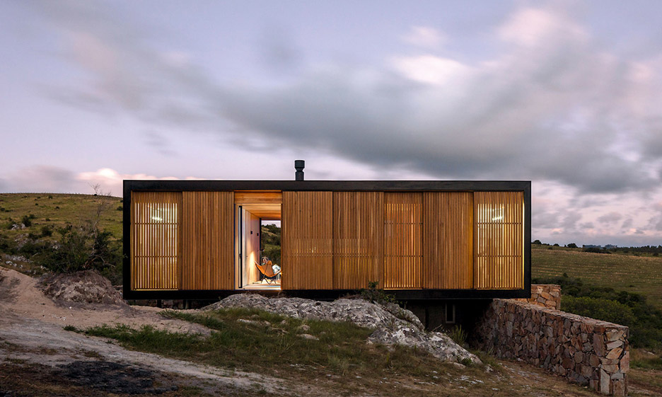 retreat-in-finca-aguy-mapa-prefabricated-housing-uraguay_dezeen_936_6