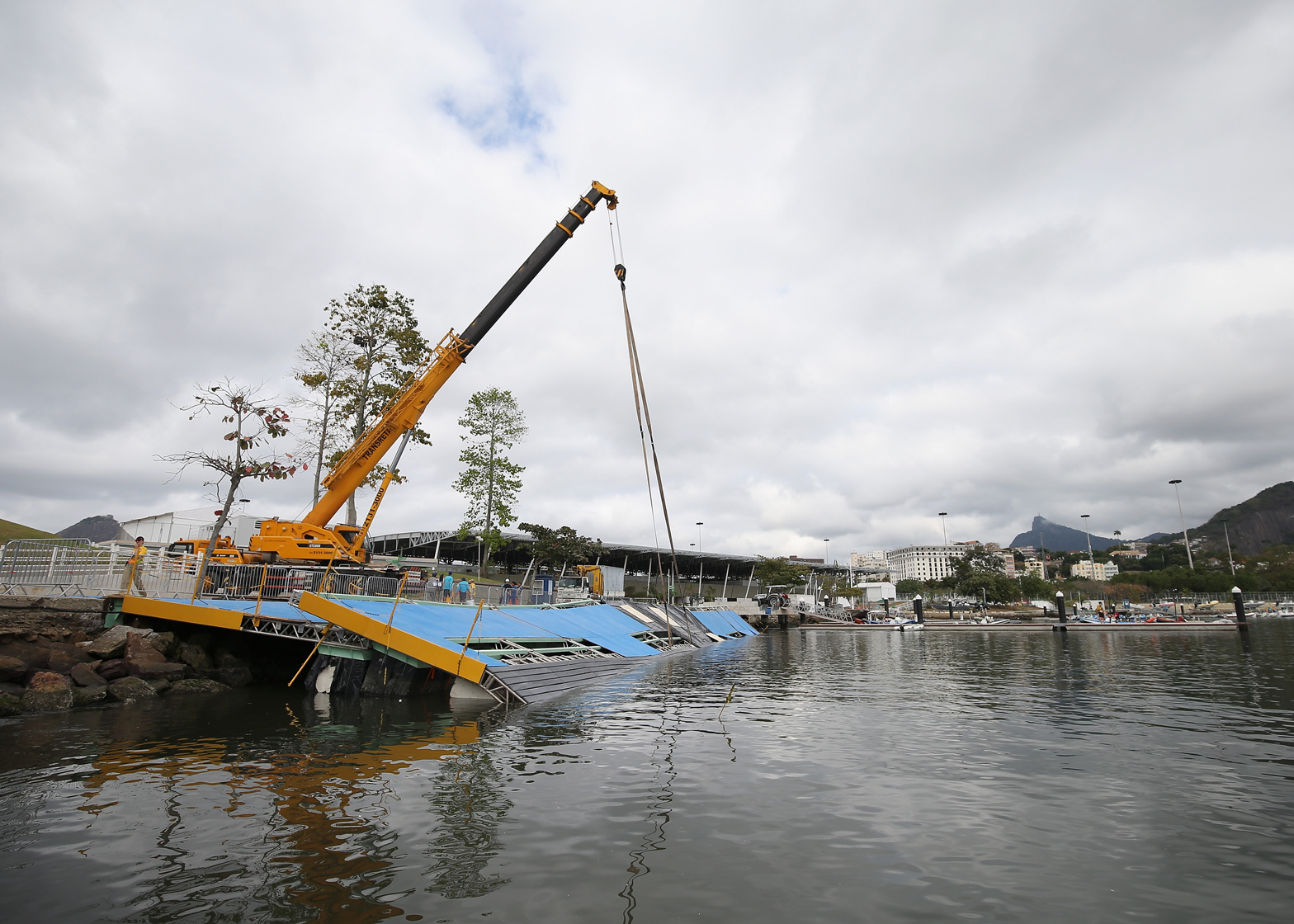 Sailing ramp collapses ahead of Rio de Janeiro Olympics