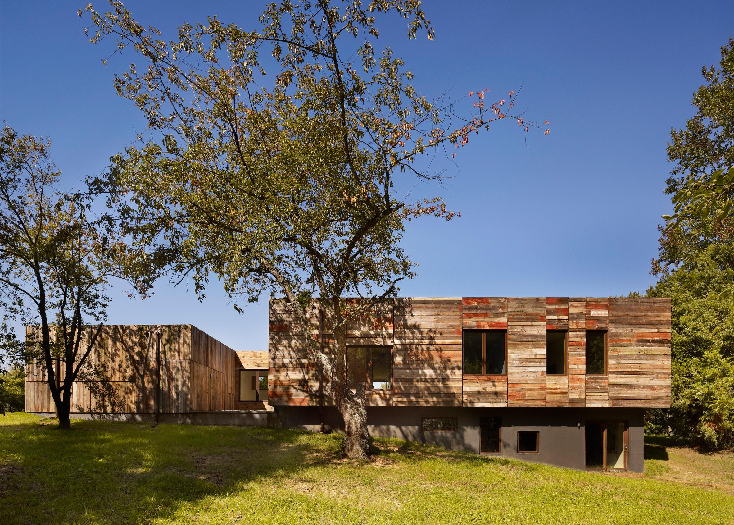 Rural Loft by DIGSAU