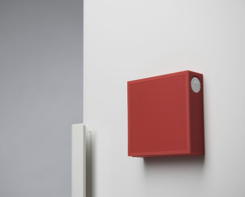 Magnetic Sound2 speaker designed to be easily moved and mounted