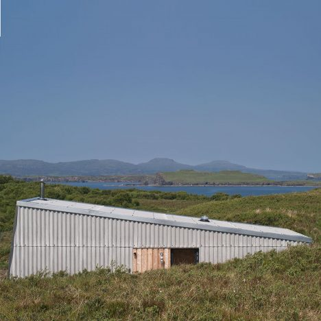 Self-build retreat by Rural Design nestles into rugged Isle of Skye landscape