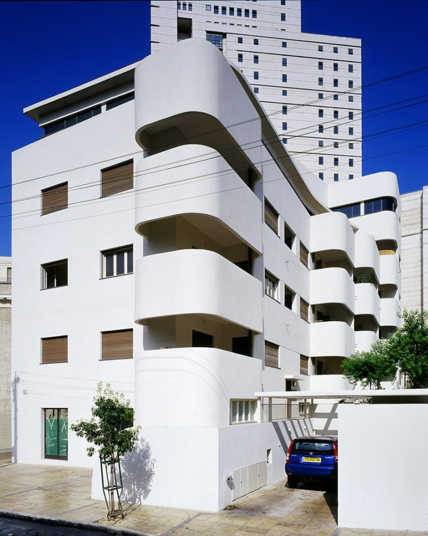 Bruno House, 3 Strauss Street by Ze'ev Haller, 1933
