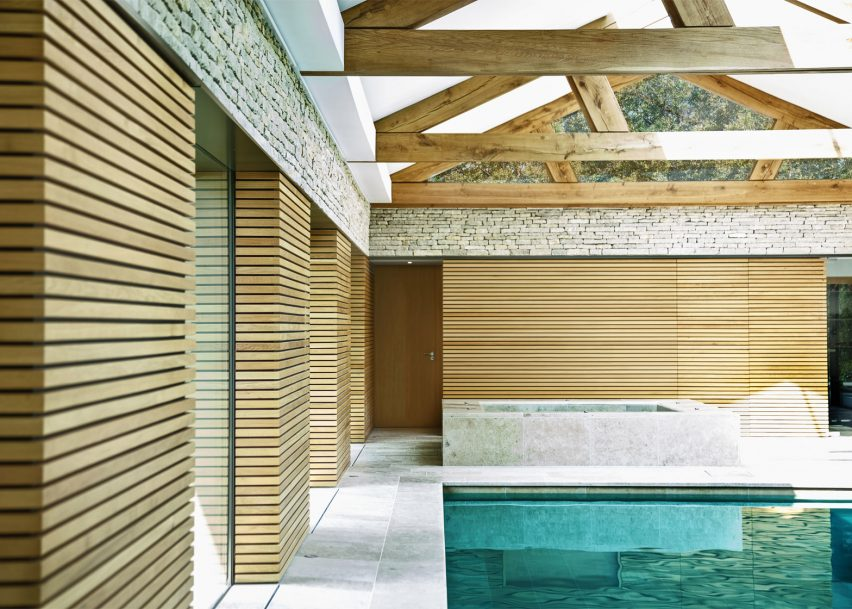 The Pool House in Haslemere by Re-Format