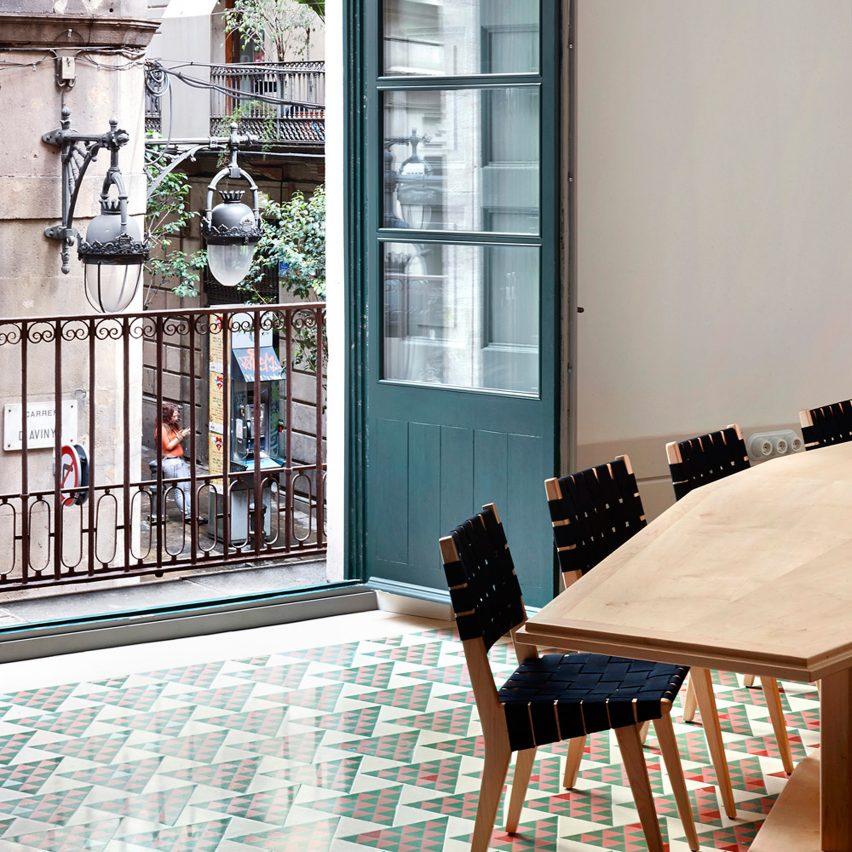 tiled-apartment-interiors-pinterest-dezeen-roundup-02