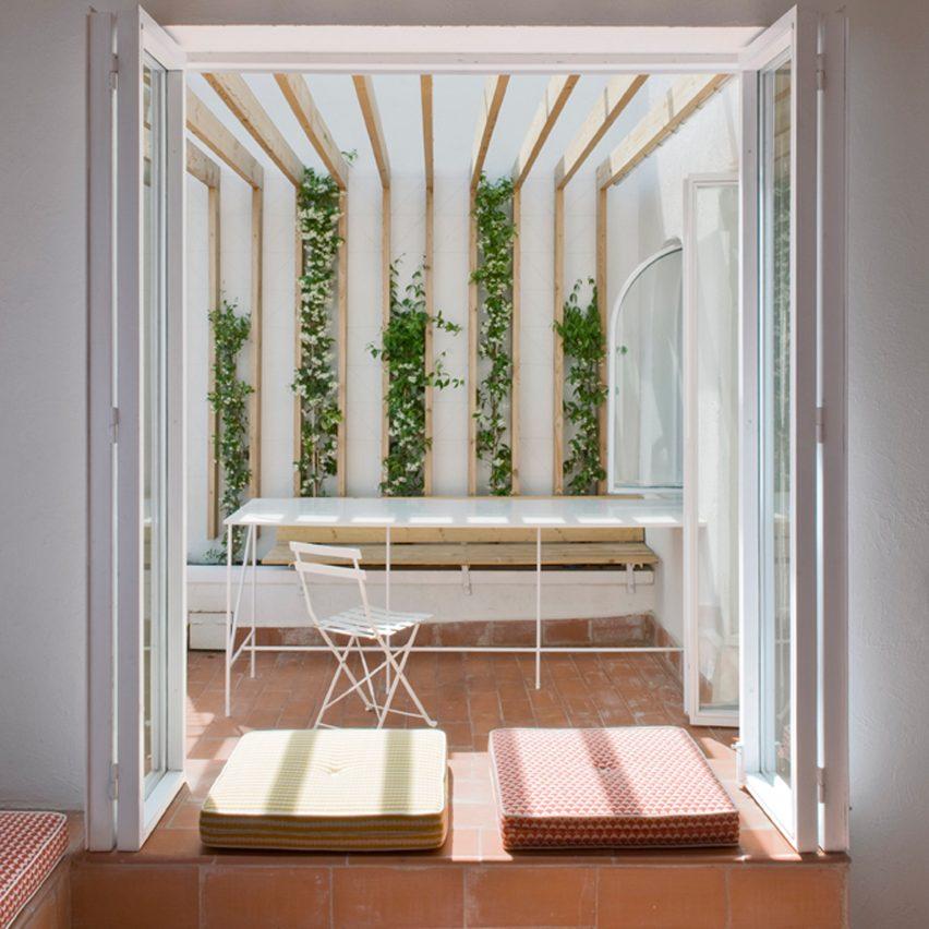 tiled-apartment-interiors-pinterest-dezeen-roundup-04