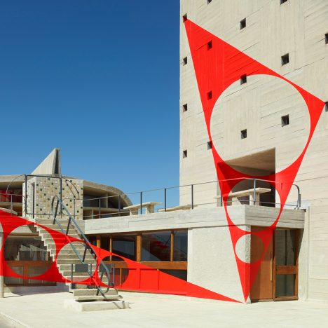 Felice Varini creates optical illusion on roof of Le Corbusier's Unité d'Habitation