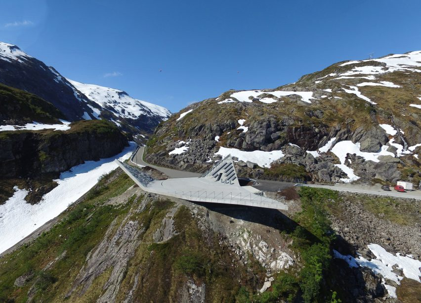 utsikten-norway-code-architecture-national-tourist-route-gaularfjellet-architecture_dezeen_2364_col_1