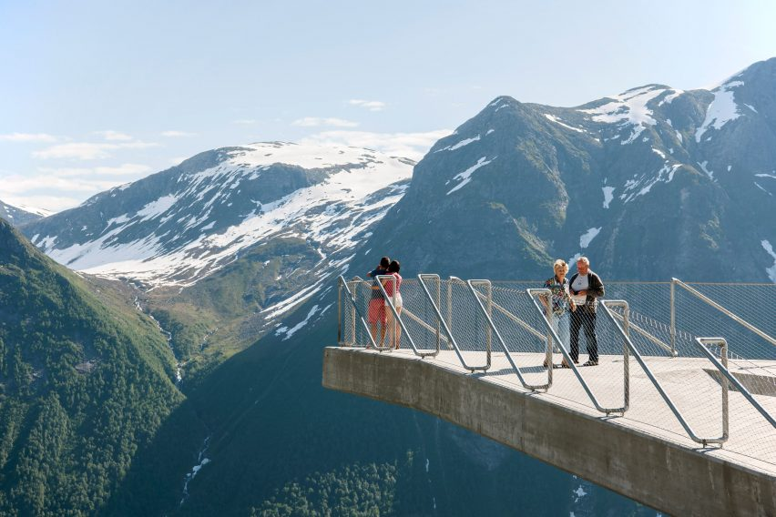 utsikten-norway-code-architecture-national-tourist-route-gaularfjellet-architecture_dezeen_2364_col_13