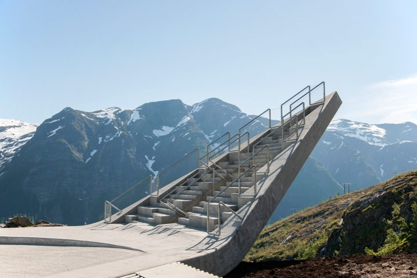 utsikten-norway-code-architecture-national-tourist-route-gaularfjellet-architecture_dezeen_2364_col_5