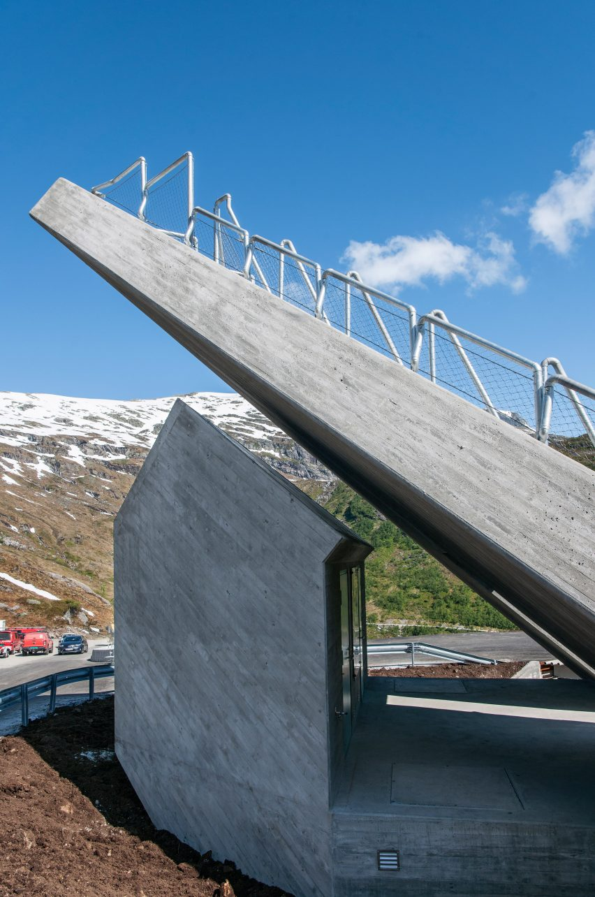 utsikten-norway-code-architecture-national-tourist-route-gaularfjellet-architecture_dezeen_2364_col_6