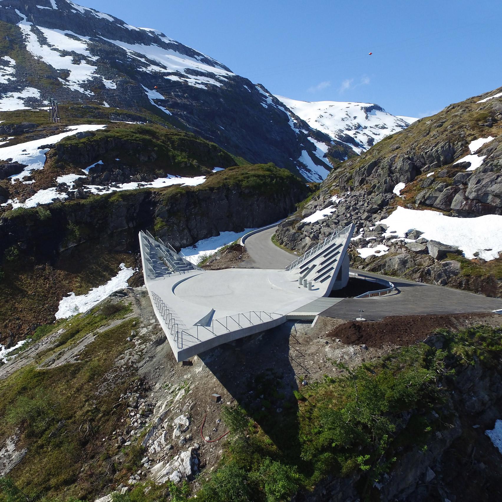 Mountainside platform by code arkitektur creates three Mountain architecture