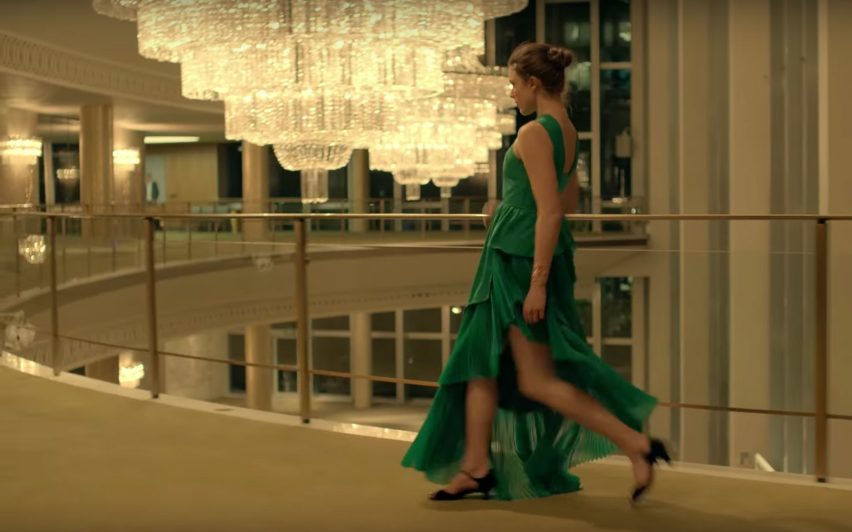 Dorothy Chandler Pavilion by Welton Becket in Spike Jonze's Kenzo perfume advert
