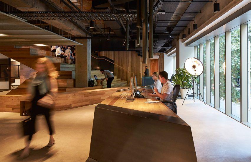 woods-bagot-melbourne-studio-australia-office-interior_dezeen_3408_13