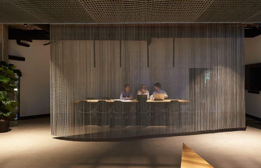 woods-bagot-melbourne-studio-australia-office-interior_dezeen_3408_14