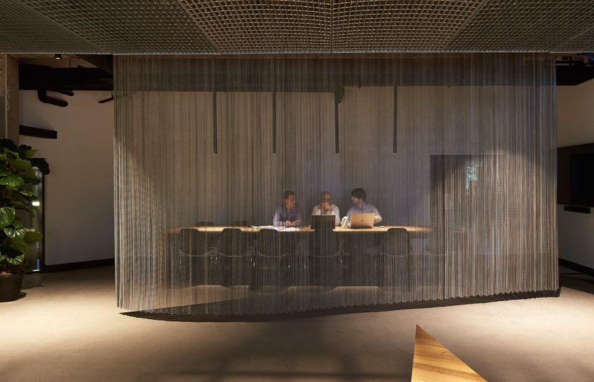 woods-bagot-melbourne-studio-australia-office-interior_dezeen_3408_14