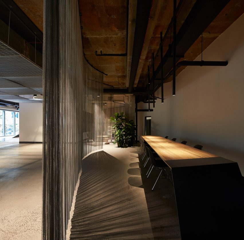 woods-bagot-melbourne-studio-australia-office-interior_dezeen_3408_19