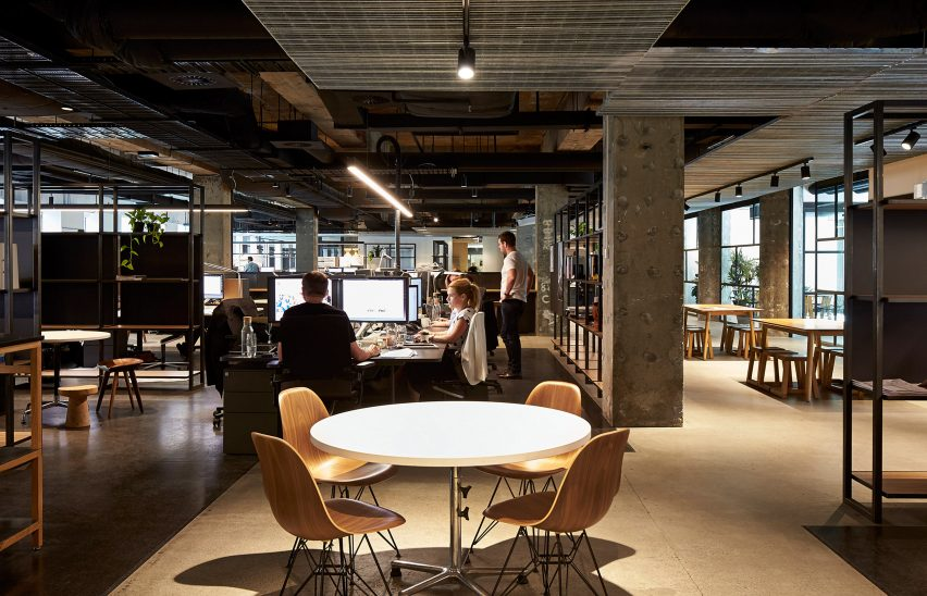 woods-bagot-melbourne-studio-australia-office-interior_dezeen_3408_5