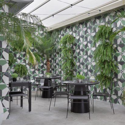 yoo2-hotel-interiors-square_dezeen_936_3