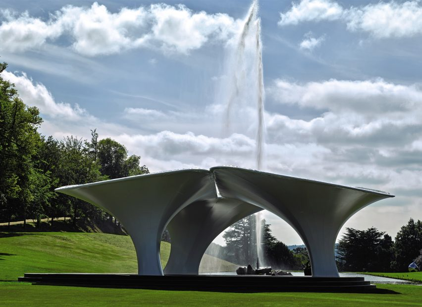 Sotheby's puts Zaha Hadid's Serpentine pavilion up for sale at Chatsworth House