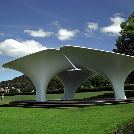 Zaha Hadid's 2007 Serpentine Gallery Pavilion put up for sale at Chatsworth House