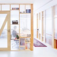 ztudio-mfrmgr-warsaw-poland-interior-workspace-office-economical_dezeen_sqa