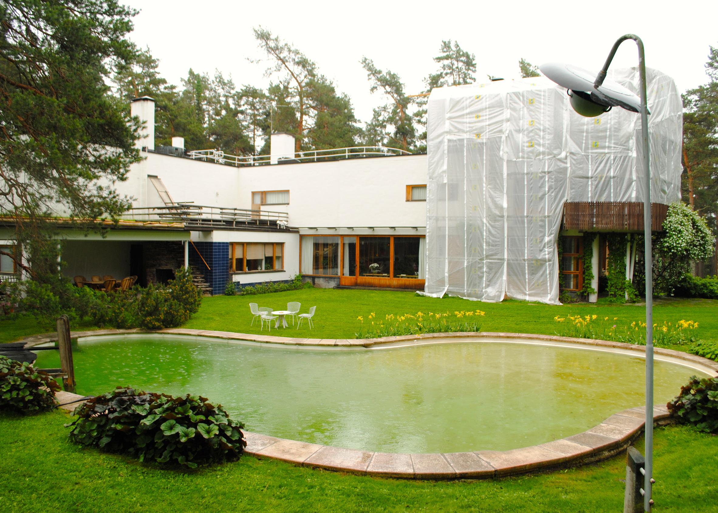 Alvar Aalto's pool at Villa Mairea