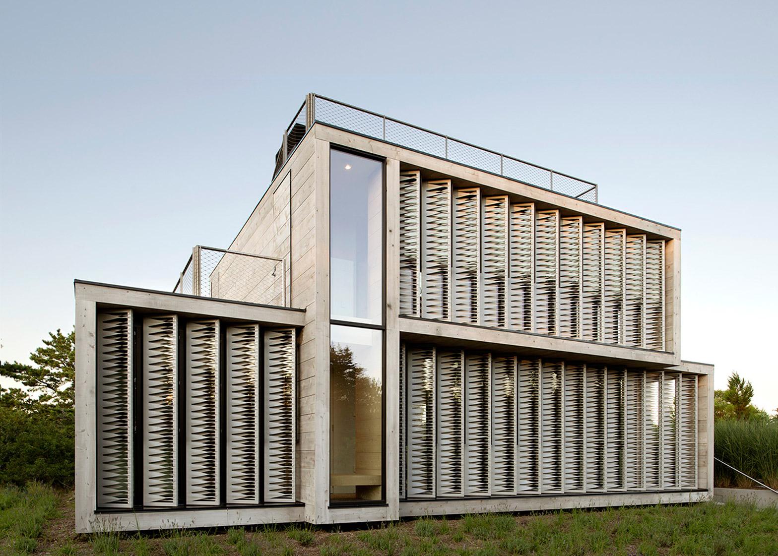 Amagansett Dunes House by Bates Masi Architects