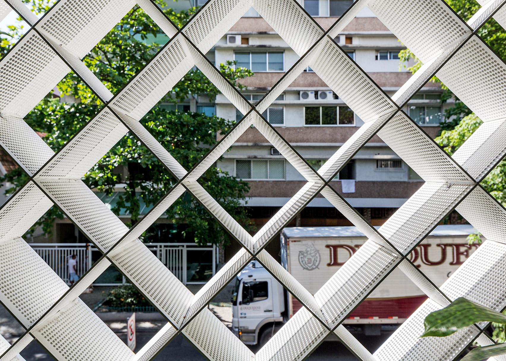 Anibal Office Building in Rio de Janeiro by Bernardes Arquitetura