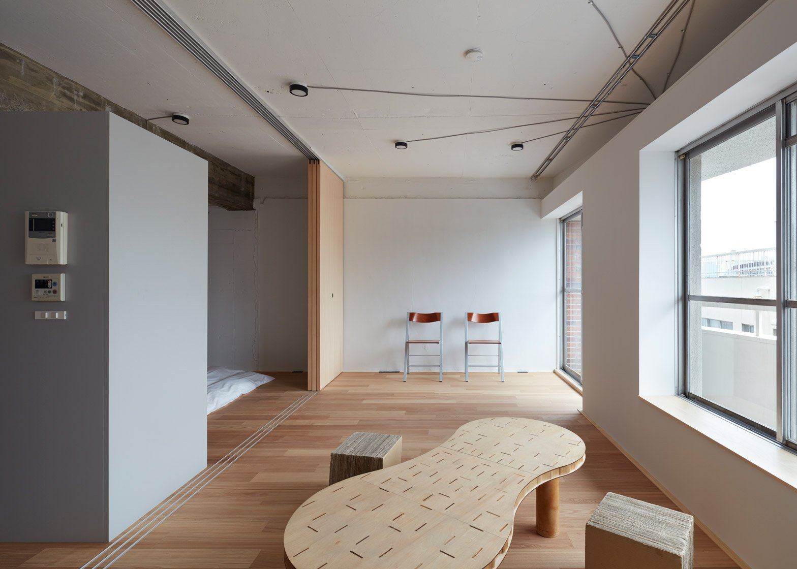 Apartment in Akasaka by FrontOfficeTokyo