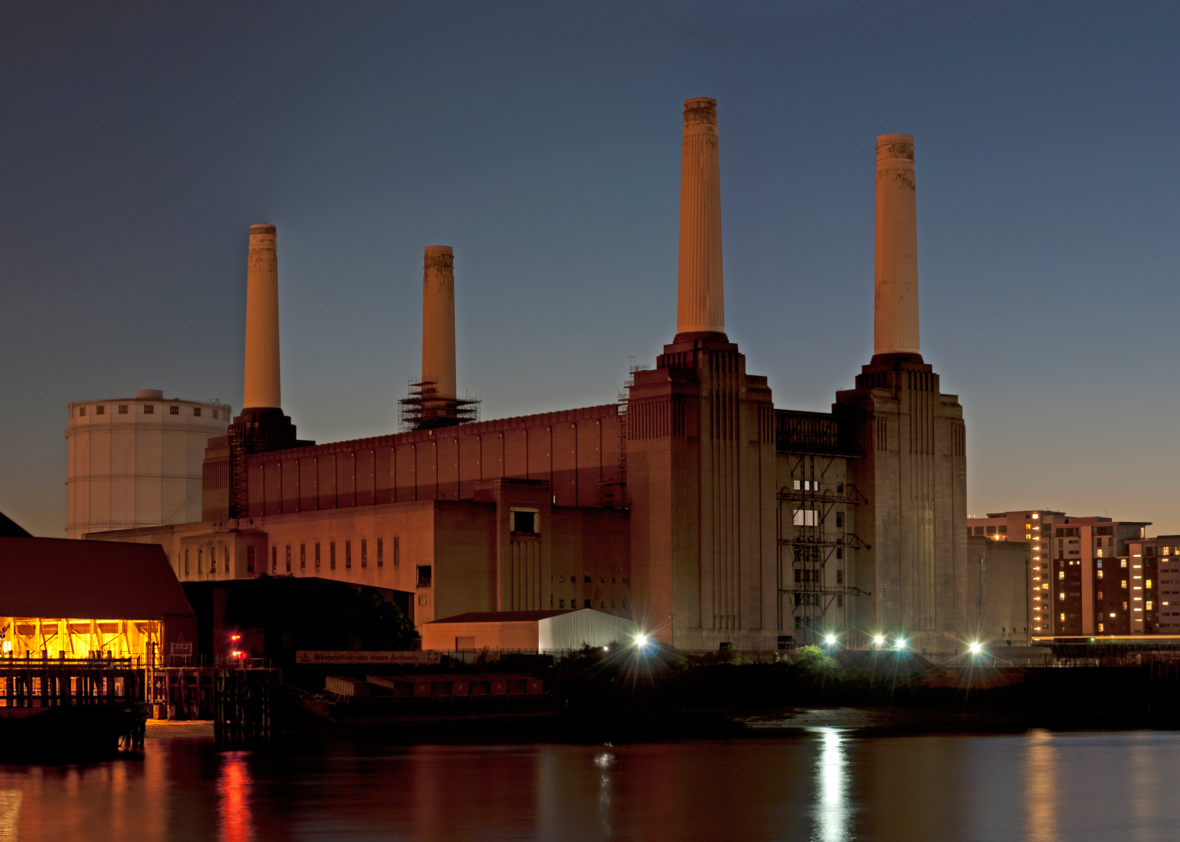 Apple to move into Battersea Power Station