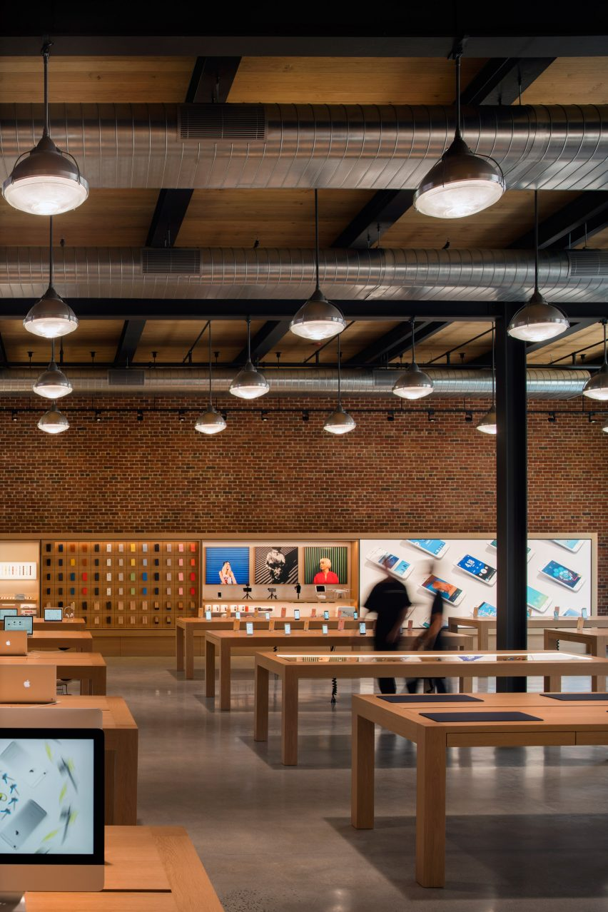 In , Apple Stores in the United States had an average revenue of $, for each employee. According to research firm RetailSails, the Apple Store chain ranked first among U.S. retailers in terms of sales per unit area in , almost doubling Tiffany, the second retailer on the list.