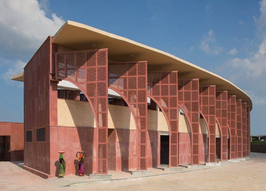 awadh shilpgram crafts hub is influenced by traditional indian