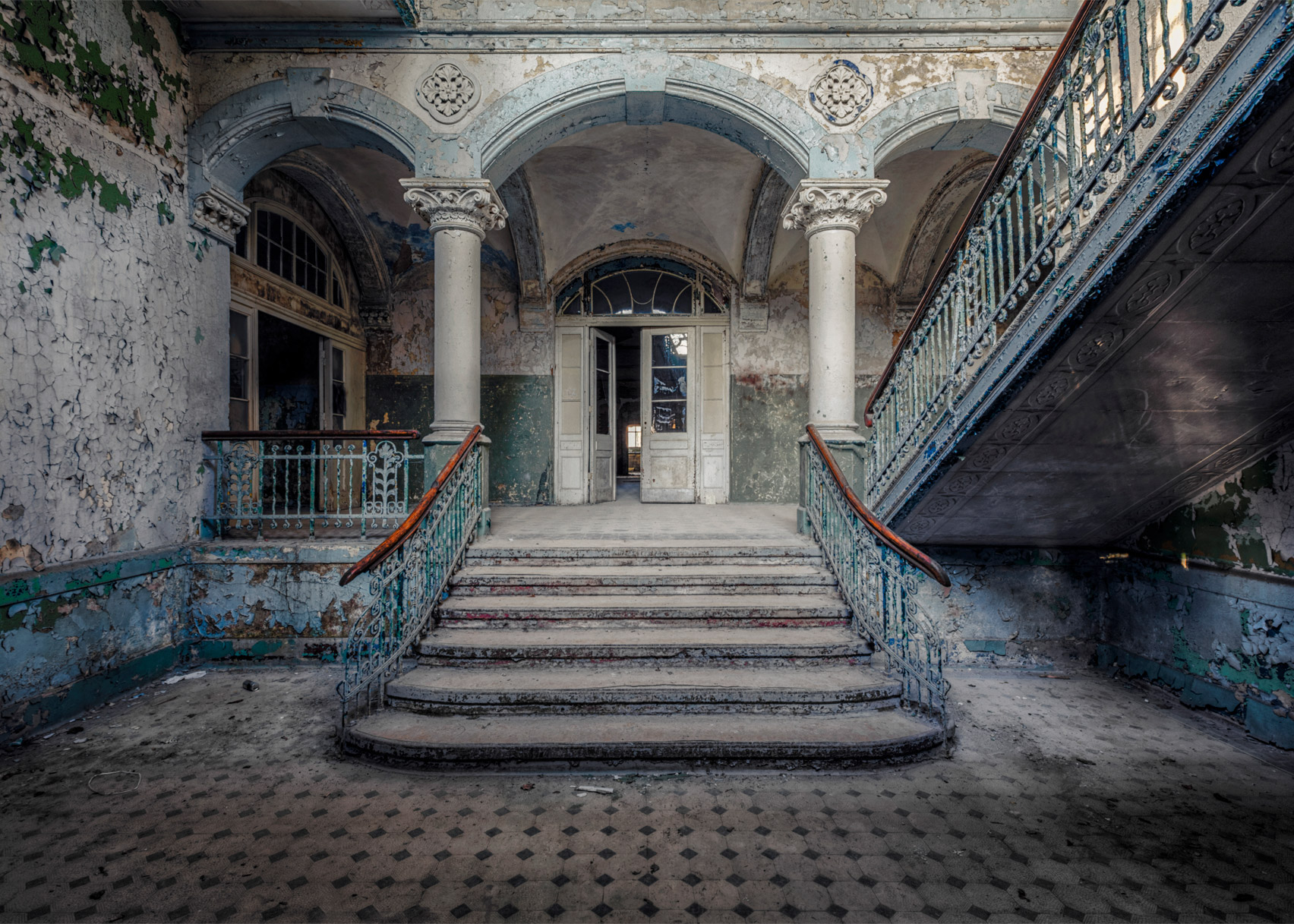 Christian Richter S Abandoned Photographs Of Europe S Empty Buildings