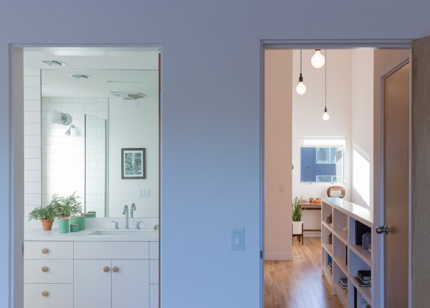 """Bestor Architecture creates """"high-quality, dense housing"""" in sprawling Los Angeles"""