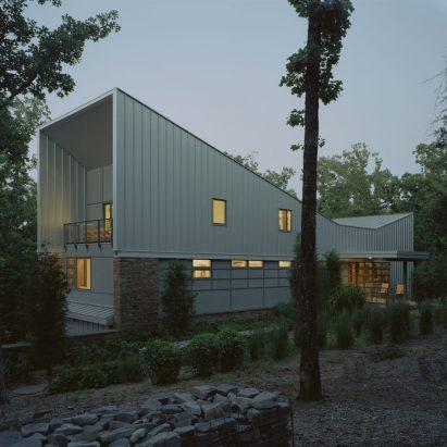 Bowtie House by deMx Architecture