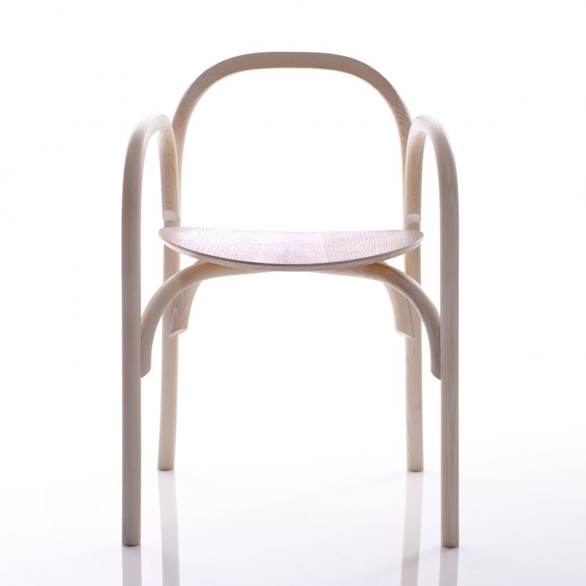 Samuel Wilkinson creates minimal chair using steam-bent wood chair