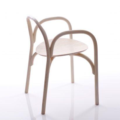 Samuel Wilkinson Creates Minimalist Chair Using Steam Bent Wood