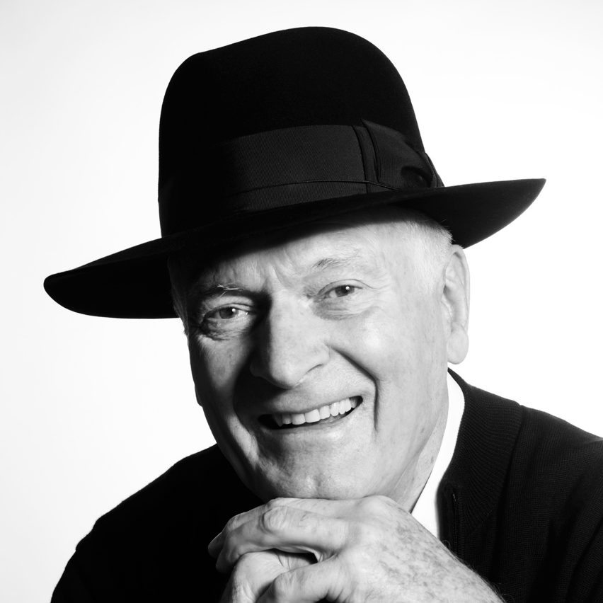 Kenneth Grange wins Johnson Tiles Lifetime Achievement medal