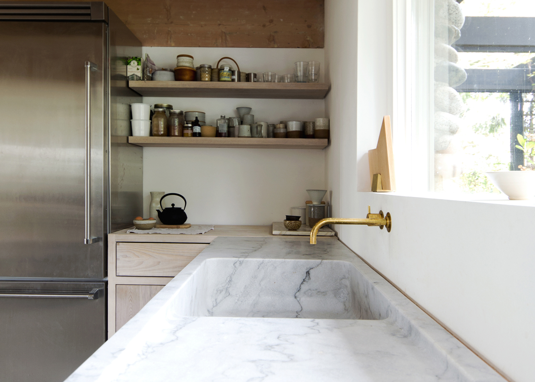 Canadian mountain home by Scott & Scott is one of the 10 most popular marble interiors on Pinterest