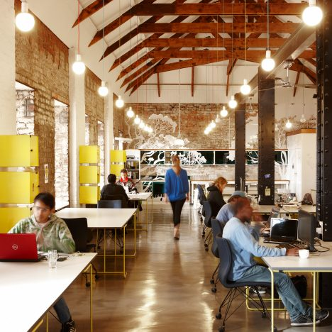 Open-plan offices make workers more unfriendly and less productive