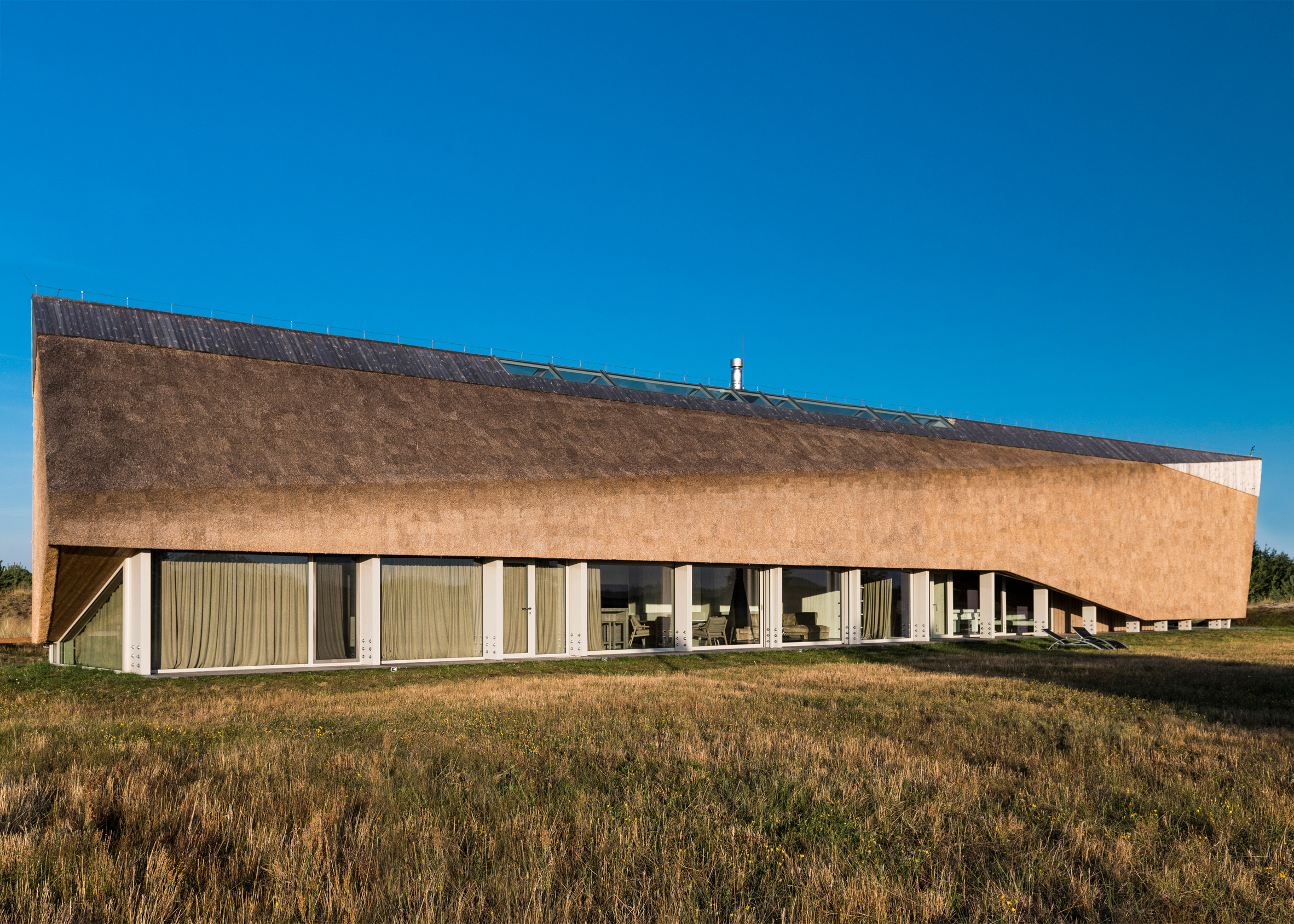 The Dune House by Archispektras