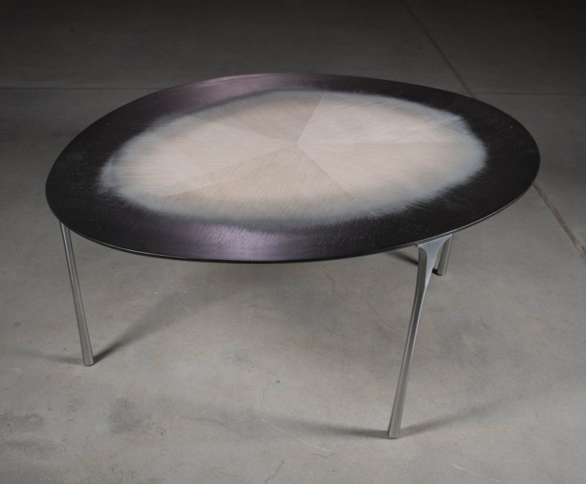 Echo Tables by Studio UUfie