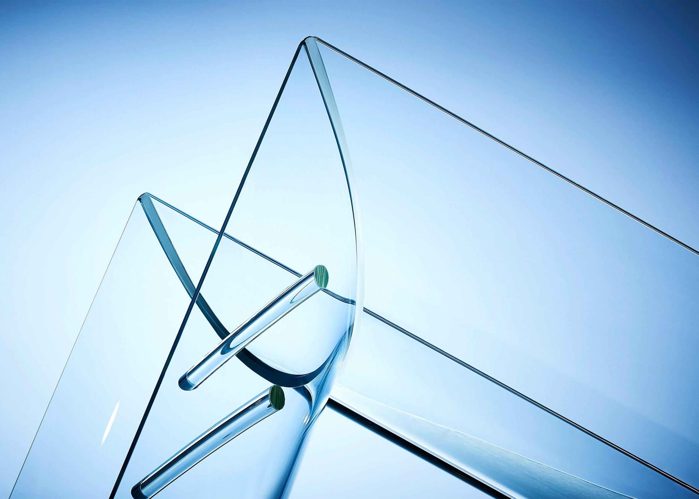 Eckersley O'Callaghan engineers first glass slide
