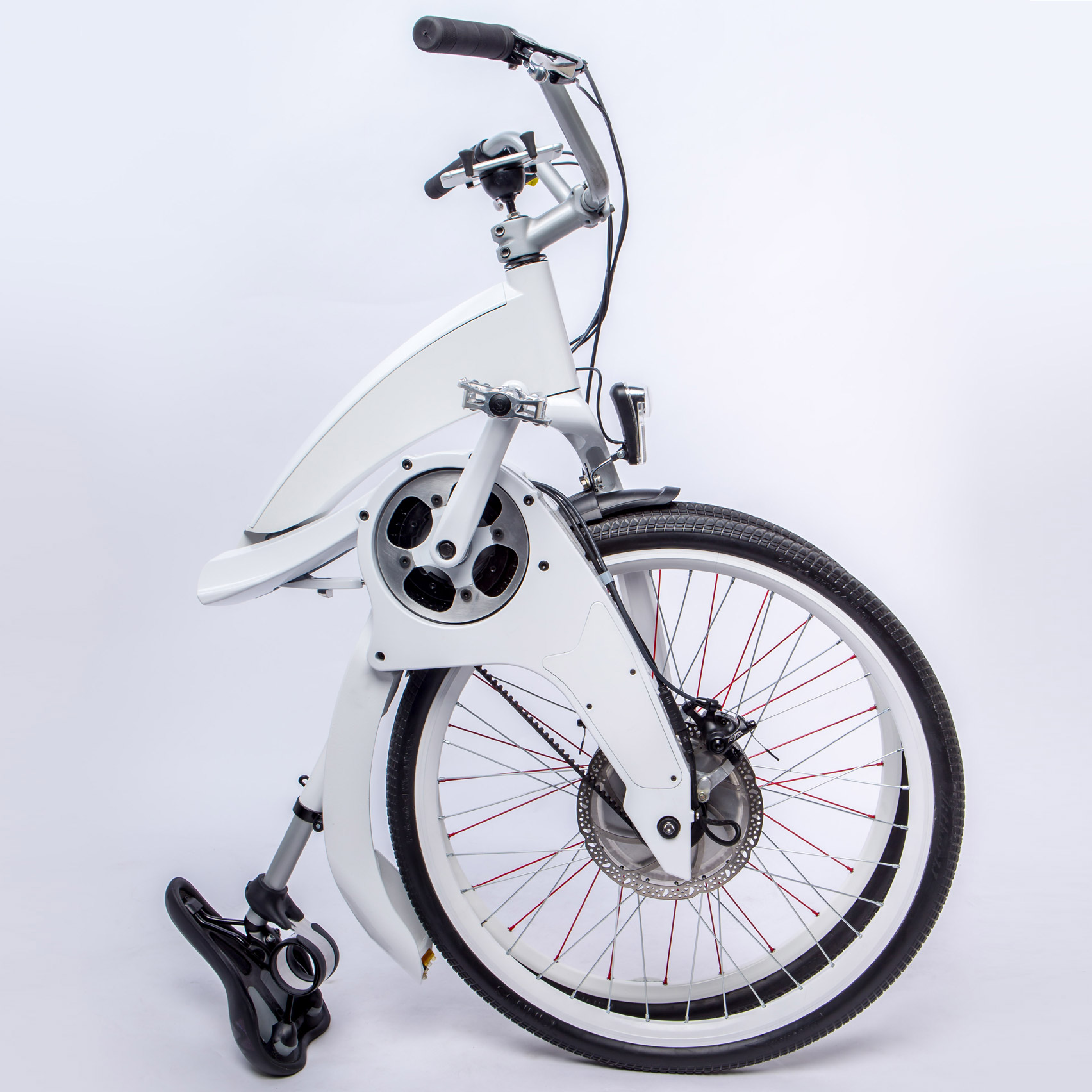 Electric Gi FlyBike only takes a second for city riders to fold up