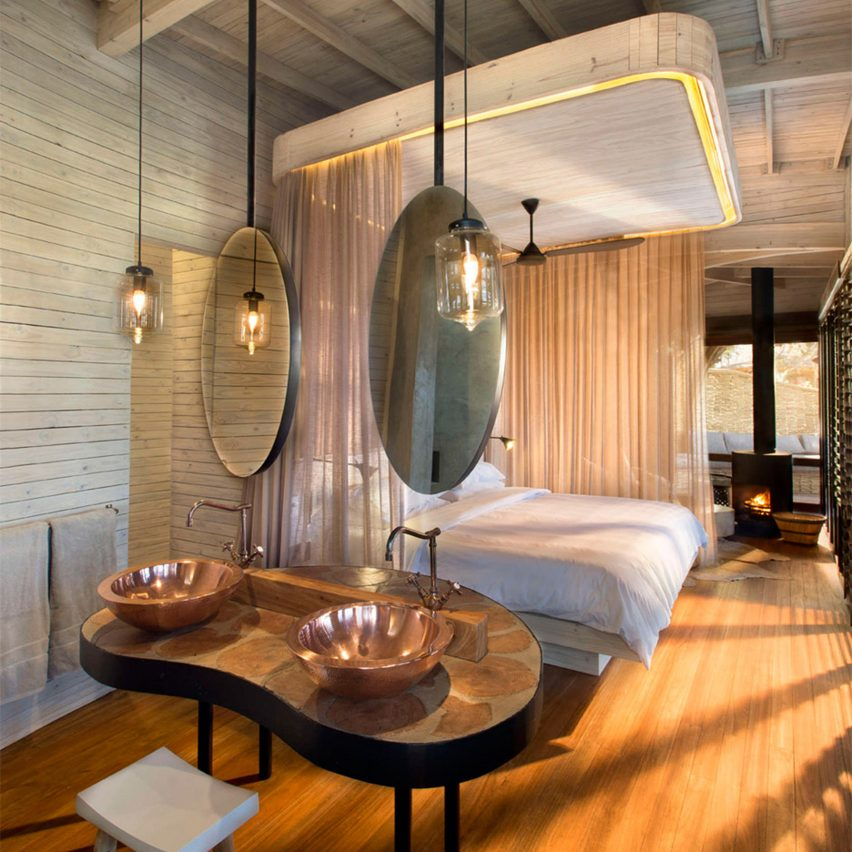 hotel-room-interiors-dezeen-pinterest-boards_dezeen_1704_col_16