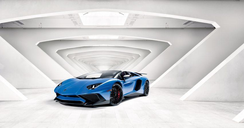 YAC'S Lamborghini Road Monument competition