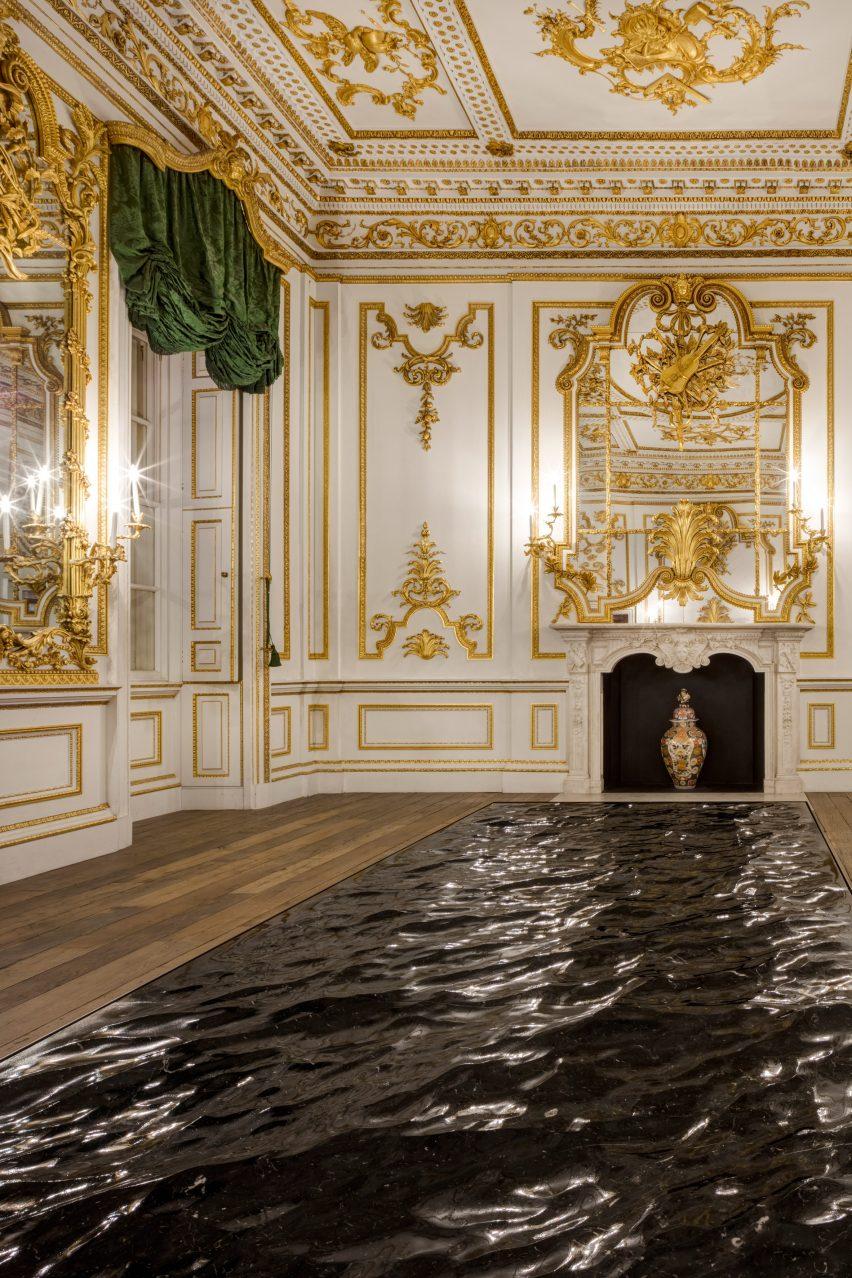 Mathieu Lehanneur sculpts a seascape from blocks of black marble