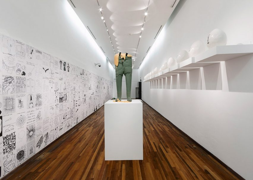 David Shrigley: Lose Your Mind at Instituto Cultural Cabañas, Mexico, 2015. Photograph by Marcos García, courtesy of Instituto Cultural Cabañas