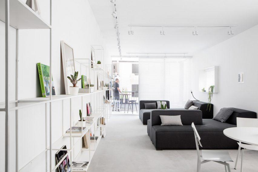 minimalist-tel-aviv-apartment-yael-perry-israel_dezeen_2364_col_10